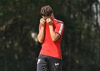SÃO PAULO,SP, 29.05.2015 - FUTEBOL-SÃO PAULO - Alexandre Pato do São Paulo durante treinamento do São Paulo no CT da Barra Funda, zona oeste nesta sexta-feira, 29  (Foto: Bruno Ulivieri/Brazil Photo Press)