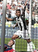 Calcio, Serie A: Juventus vs Crotone. Torino, Juventus Stadium, 21 maggio 2017.<br /> Juventus&rsquo; Alex Sandro celebrates after scoring during the Italian Serie A football match between Juventus and Crotone at Turin's Juventus Stadium, 21 May 2017. Juventus defeated Crotone 3-0 to win the sixth consecutive Scudetto.<br /> UPDATE IMAGES PRESS/Isabella Bonotto