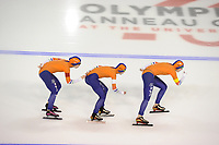 SPEEDSKATING: CALGARY: Olympic Oval, 02-12-2017, ISU World Cup, Team Pursuit Ladies, Antoinette de Jong (NED), Marrit Leenstra (NED), ©Lotte van Beek (NED), photo Martin de Jong