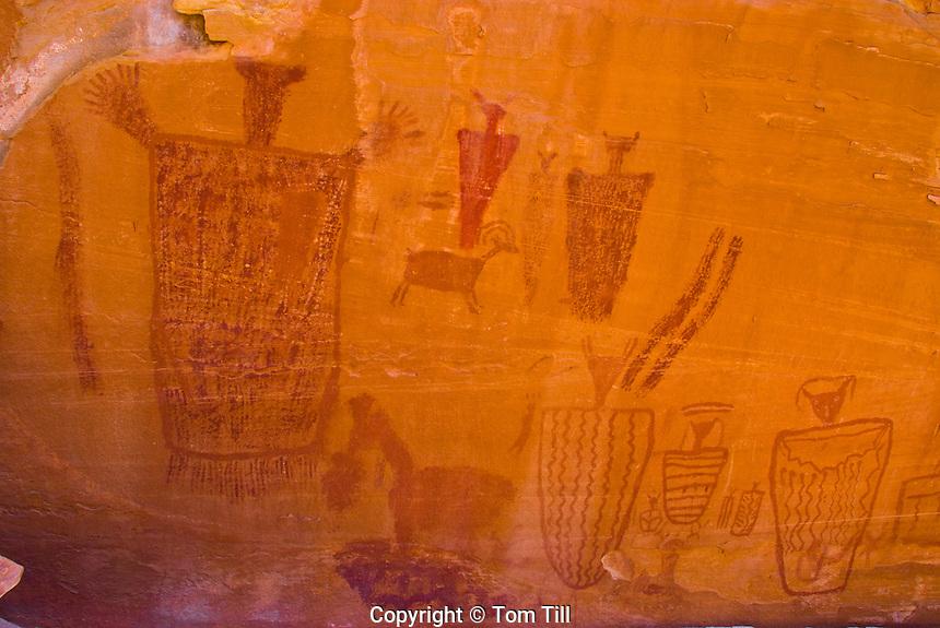 Ancient pictographs,    National Park, Utah   Native American rock art    Location secret