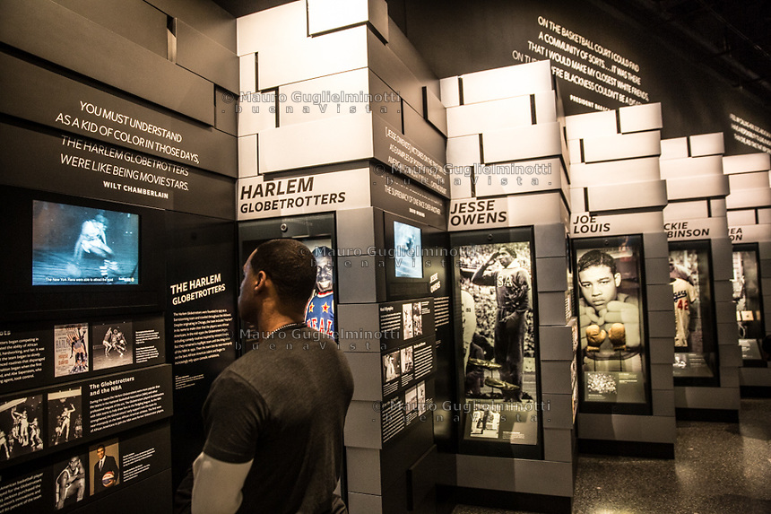 Washington- National Museum of African American History and Culture<br /> Harlem Globe trotters