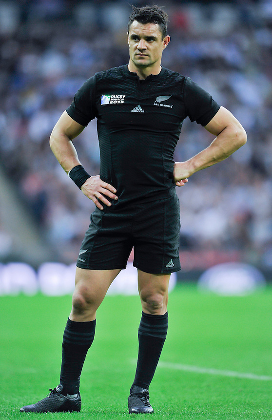 New Zealand's Dan Carter<br /> <br /> Photographer Ashley Western/CameraSport<br /> <br /> Rugby Union - 2015 Rugby World Cup - New Zealand v Argentina - Sunday 20th September 2015 - Wembley Stadium - London <br /> <br /> &copy; CameraSport - 43 Linden Ave. Countesthorpe. Leicester. England. LE8 5PG - Tel: +44 (0) 116 277 4147 - admin@camerasport.com - www.camerasport.com