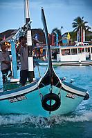 A dohni in the Maldives (Saturday, June 13th, 2009). Photo: joliphotos.com