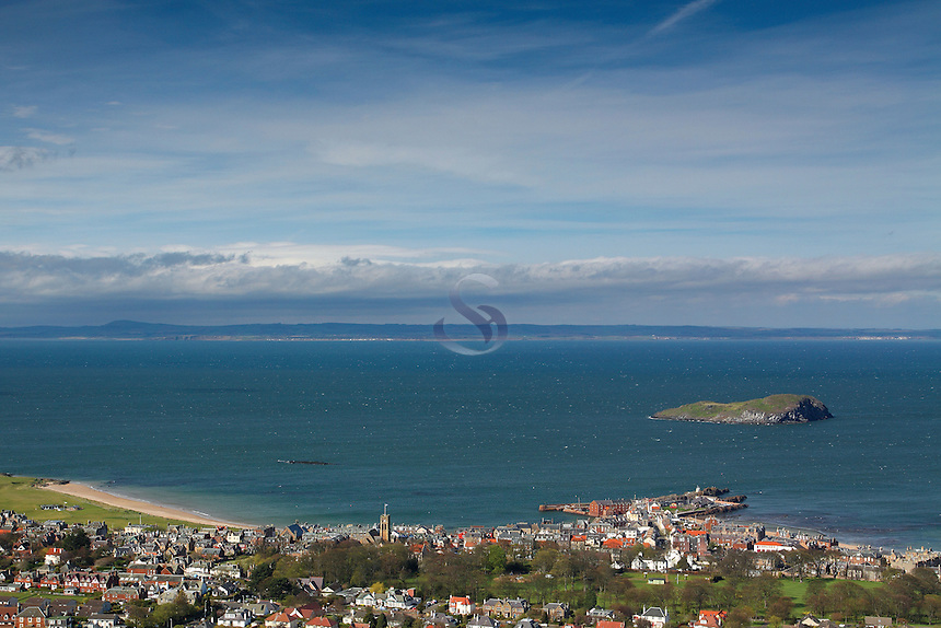 North Berwick from North Berwick Law, East Lothian Coastline<br /> <br /> Copyright www.scottishhorizons.co.uk/Keith Fergus 2011 All Rights Reserved