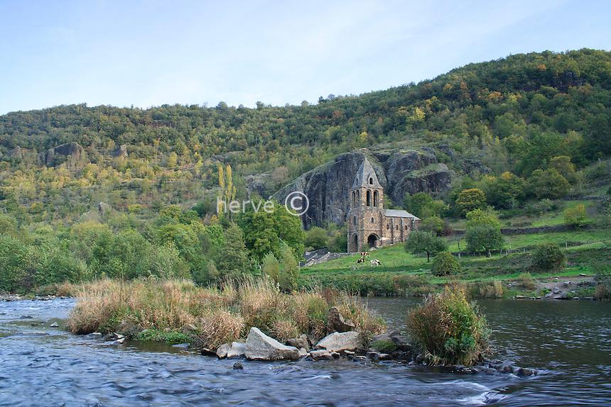 France, Haute-Loire (43), Prades, chapelle Sainte-Marie des Chazes dans les gorges de l'Allier // France, Haute-Loire, Prades, chapel saint-Marie des Chazes in the gorges of Allier