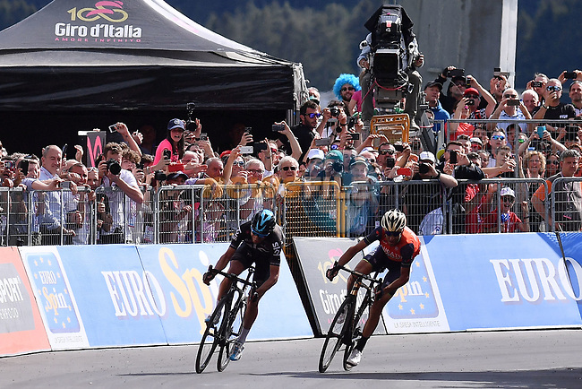 Vincenzo Nibali (ITA) Bahrain-Merida and Mikel Landa (ESP) Team Sky round the final bend of Stage 16 of the 100th edition of the Giro d'Italia 2017, running 222km from Rovetta to Bormio, Italy. 23rd May 2017.<br /> Picture: LaPresse/Gian Mattia D'Alberto | Cyclefile<br /> <br /> <br /> All photos usage must carry mandatory copyright credit (&copy; Cyclefile | LaPresse/Gian Mattia D'Alberto)