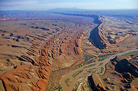 Comb Ridge, showing exposed rock strata of monocline and San Juan River, near Mexican Hat, Utah, AGPix_0600..