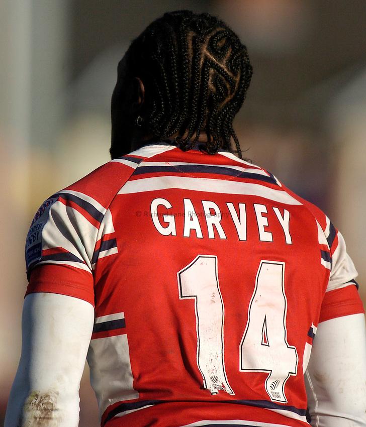 Photo:Alan Crowhurst. Gloucester v Bath, Zurich Premiership, 19/02/2005. .Marcel Garvey.