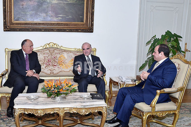 Egyptian President Abdel Fattah al-Sisi meets with Maltese Foreign Minister George Vella, in Cairo, Egypt, on December 21, 2016. Photo by Egyptian President Office