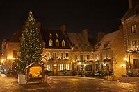 Amérique/Amérique du Nord/Canada/Québec/ Québec: La place Royale de Québec est située dans la Basse-Ville dans l'arrondissement historique du Vieux-Québec; vieille ville classée Patrimoine Mondial de l'UNESCO