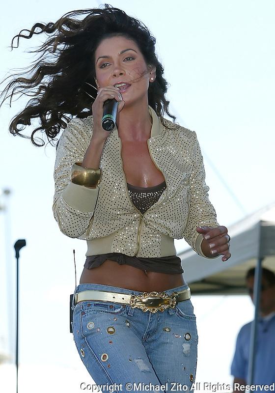 September 3, 2006. Concert / Midway