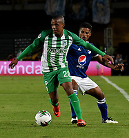 BOGOTÁ - COLOMBIA, 11-01-2019: César Carrillo (Der.) jugador de Millonarios disputa el balón con Steven Lucumí (Izq.) jugador de Atlético Nacional, durante partido entre Millonarios y Atlético Nacional, por el Torneo Fox Sports 2019, jugado en el estadio Nemesio Camacho El Campin de la ciudad de Bogotá. / César Carrillo (R) player of Millonarios vies for the ball with Steven Lucumi (L) during a match between Millonarios y Atletico Nacional, for the Fox Sports Tournament 2019, played at the Nemesio Camacho El Campin stadium in the city of Bogota. Photo: VizzorImage / Luis Ramírez / Staff.
