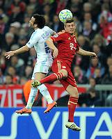 FUSSBALL   CHAMPIONS LEAGUE  VIERTELFINAL RUECKSPIEL   2011/2012      FC Bayern Muenchen - Olympic Marseille          03.04.2012 Mathieu Valbuena (li, Olympique Marseille) gegen Toni Kroos (FC Bayern Muenchen)
