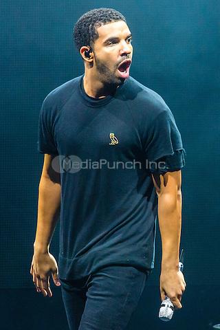 CLARKSTON, MI - AUGUST 16: Drake performs at DTE Energy Music Theatre on August 16, 2014 in Clarkston, Michigan. Photo Credit: RTNSchwegler/MediaPunch
