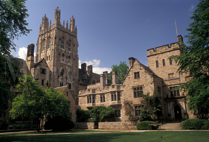 AJ4386, Yale, university, college, Campus, tower, New Haven, Connecticut, Yale University, Wrexham Tower at the Memorial Quadrangle at Yale University in New Haven in the state of Connecticut.