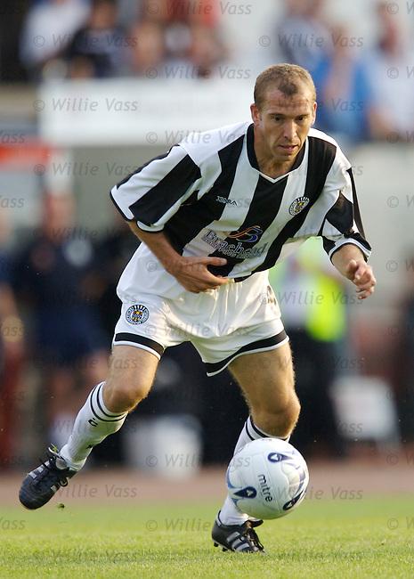 Gary Brady, St Mirren.stock season 2006-2007.pic willie vass