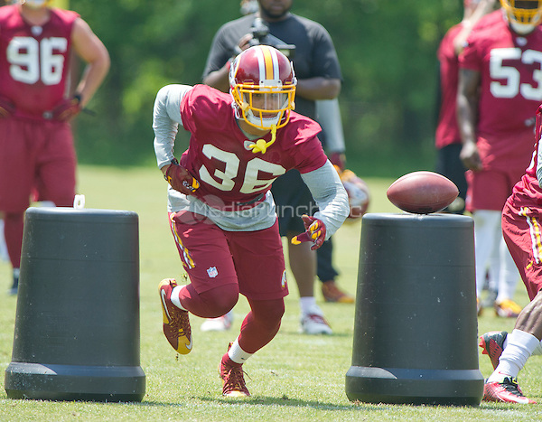 Washington Redskins safety Su'a Cravens (36), who was selected in the second round of the 2016 NFL Draft, participates in an organized team activity (OTA) at Redskins Park in Ashburn, Virginia on Wednesday, May 25, 2015.<br /> Credit: Ron Sachs / CNP/MediaPunch ***FOR EDITORIAL USE ONLY***