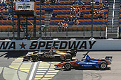 James Hinchcliffe, Schmidt Peterson Motorsports Honda,Scott Dixon, Chip Ganassi Racing Honda