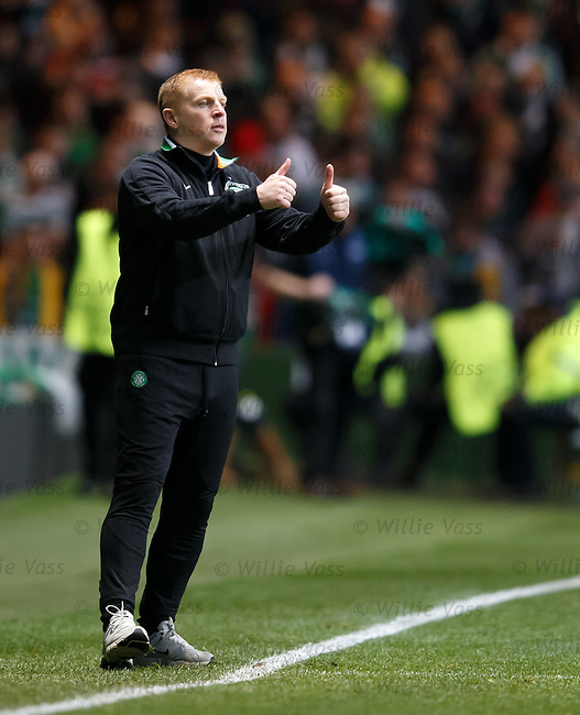 Neil Lennon thumbs up
