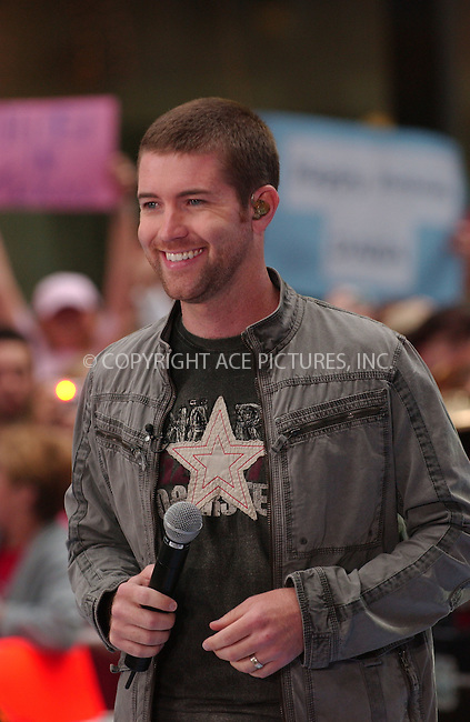 WWW.ACEPIXS.COM . . . . .....May 11, 2007. New York City.....Singer Josh Turner performs on 'The Today Show' 2007 Summer Concert Series at Rockefeller Plaza...  ....Please byline: Kristin Callahan - ACEPIXS.COM..... *** ***..Ace Pictures, Inc:  ..Philip Vaughan (646) 769 0430..e-mail: info@acepixs.com..web: http://www.acepixs.com