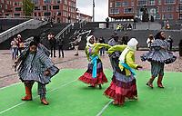 Nederland  Amsterdam -  September 2018.  Dance With Royals - Kente Fugu Festival op het Anton de Komplein in de Bijlmer. Dansfestival met veel dansen uit Ghana.     Foto mag niet in negatieve context gepubliceerd worden. Foto Berlinda van Dam / Hollandse Hoogte