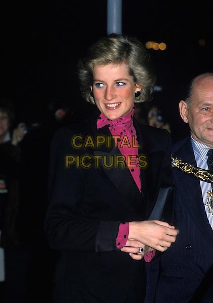 HRH, PRINCESS DIANA OF WALES.London, England, 16th November 1988..Lady Di family her royal highness half length magenta pink and black polka dot blouse shirt black jacket.Ref: CAP/PL.©Phil Loftus/Capital Pictures