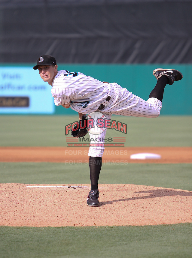 Jupiter Hammerheads pitcher Chad James #33 during a game against the St Lucie Mets at Roger Dean Stadium on June 25, 2011 in Jupiter, Florida.  (Stacy Jo Grant/Four Seam Images)