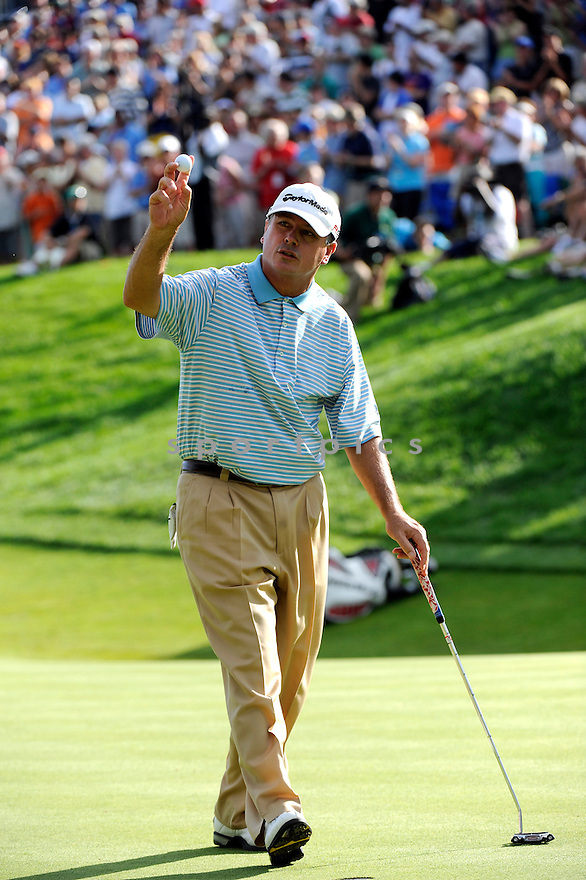 June 28, 2009; Cromwell, CT, USA; Paul Goydos on 18th hole during the final round of the Travelers Championship at TPC River Highlands. Mandatory Credit: Tomasso DeRosa-Corbis