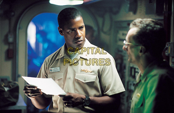 Denzel Wshington &amp; Matt Craven<br /> in Crimson Tide (1995) <br /> *Filmstill - Editorial Use Only*<br /> CAP/NFS<br /> Image supplied by Capital Pictures