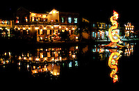 Hoi An Architecture - together with the Chinese and Vietnamese architectural gems, 19th century stucco houses that show both influences from east and west add to the color of this eclectic mixture. Most of these beautiful buildings are well preserved and show an nteresting mix of architecture - all of which gives Hoi An UNESCO World Heritage Status.