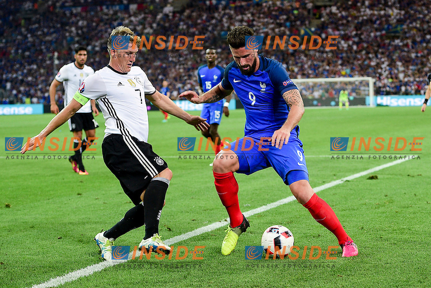 Olivier Giroud (France) vs Bastian Schweinsteiger (Ger) <br /> Marseilles 07-07-2016 Stade Velodrome Football Euro2016 Germany - France / Germania - Francia Semi-finals / Semifinali <br /> Foto  Franck Pennant Panoramic / Insidefoto