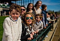 LEXINGTON, KENTUCKY - APRIL 07: Young fans wait for an undercard race to begin on opening day at Keeneland Race Course on April 7, 2017 in Lexington, Kentucky. (Photo by Scott Serio/Eclipse Sportswire/Getty Images)