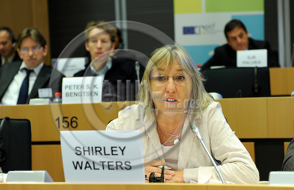 Brussels-Belgium - 30 January 2009 -- THE EUROPEAN QUALIFICATIONS FRAMEWORK LINKING TO A GLOBALISED WORLD, an international conference held by the European Training Foundation (ETF) at the European Parliament; here, session 3 / open discussion with a contribution of Shirley Walters -- Photo: Horst Wagner / eup-images