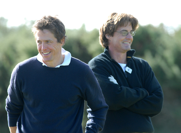 ALFRED DUNHILL LINKS CHAMPIONSHIP, ST.ANDREWS, 4-10-06..HUGH GRANT AND KYLE MCLACHLAN PRACTICING AT KINGSBARNS.PIC BY IAN MCILGORM