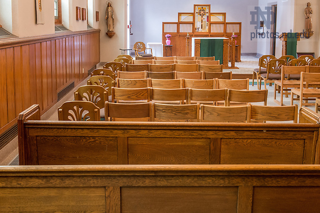 Jan. 22, 2015; Breen-Phillips Hall Chapel prior to 2015 renovation work. (Photo by Matt Cashore/University of Notre Dame)
