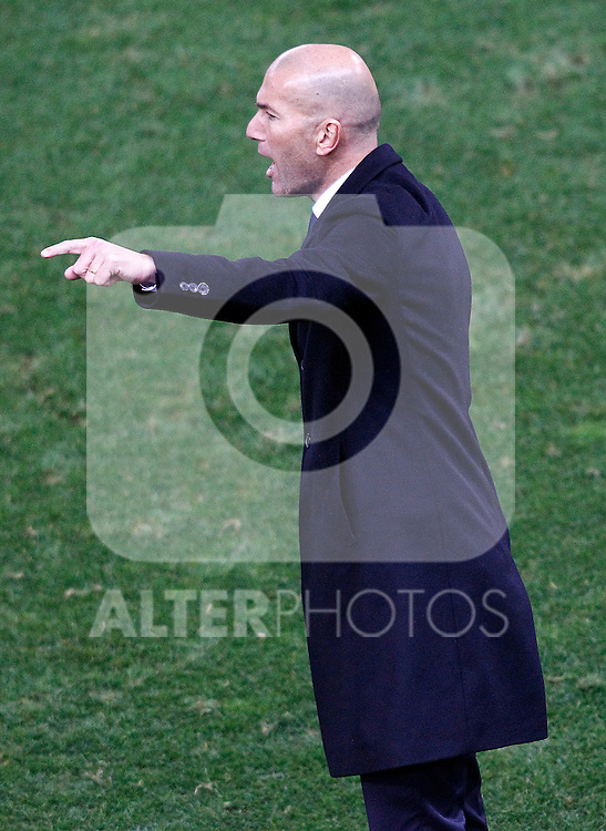Real Madrid's coach Zinedine Zidane during La Liga match. November 19,2016. (ALTERPHOTOS/Acero)