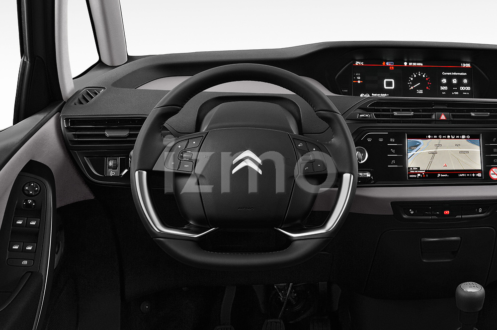 Car pictures of steering wheel view of a 2018 Citroen Grand C4 Spacetourer Feel 5 Door MPV