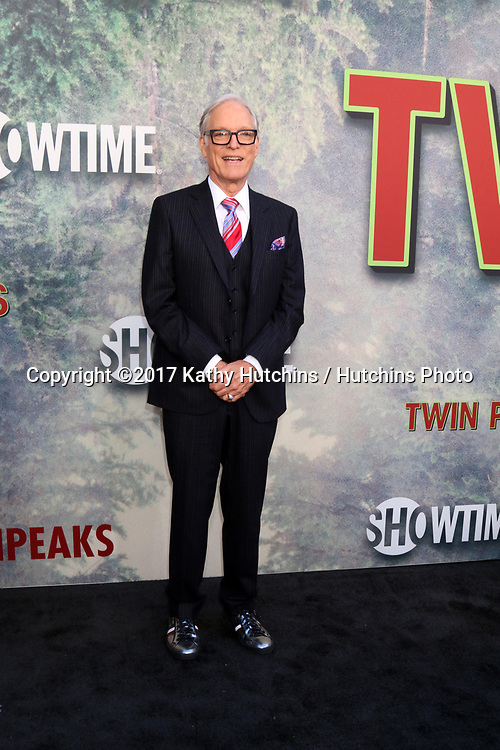 """LOS ANGELES - MAY 19:  Richard Chamberlain at the """"Twin Peaks"""" Premiere Screening at The Theater at Ace Hotel on May 19, 2017 in Los Angeles, CA"""