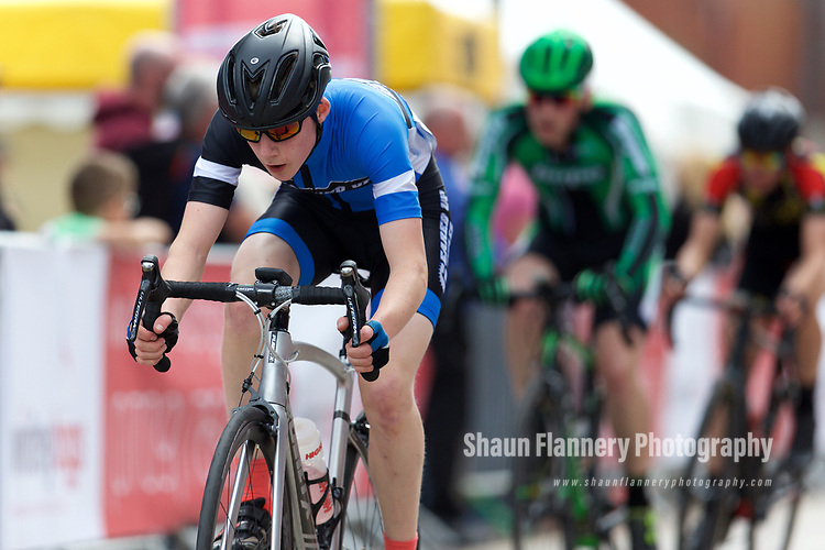 Pix: Shaun Flannery/shaunflanneryphotography.com<br /> <br /> COPYRIGHT PICTURE&gt;&gt;SHAUN FLANNERY&gt;01302-570814&gt;&gt;07778315553&gt;&gt;<br /> <br /> 11th June 2017<br /> Doncaster Cycle Festival 2017<br /> 3rd Category Race
