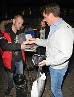 John Barrowman giving a &pound;20 note to a Big Issue seller at the &quot;Chicago&quot; press night, Phoenix Theatre, Charing Cross Road, London, England, UK, on Wednesday 11 April 2018.<br /> CAP/CAN<br /> &copy;CAN/Capital Pictures