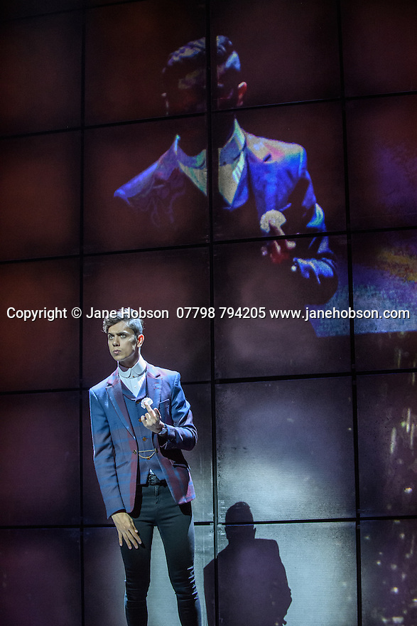 London, UK. 12.07.2016. Jamie Hendry and Gavin Kalin Productions present IMPOSSIBLE, at the Noel Coward Theatre. Following its West End season last year, the magic show returns to London this summer, running from Friday 8th July to Saturday 27th August. Opening night is Wednesday 13th July. The magicians are: Magical Bones, Jonathan Goodwin, Sabine van Diemen, Lance Corporal Richard Jones (winner of Britain's Got Talent 2016), Josephine Lee, Ben Hart, Chris Cox. Picture shows:  Ben Hart. Photograph © Jane Hobson.