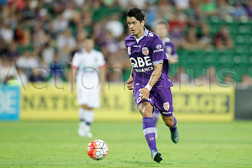 07.03.2016, Perth, Australia. Hyundai A-League, Perth Glory versus Newcastle Jets. Kosta Petratos in action during the second half.