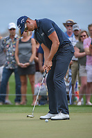 Henrik Stenson (SWE) watches his putt on 1 during round 4 of the Houston Open, Golf Club of Houston, Houston, Texas. 4/1/2018.<br /> Picture: Golffile | Ken Murray<br /> <br /> <br /> All photo usage must carry mandatory copyright credit (&copy; Golffile | Ken Murray)