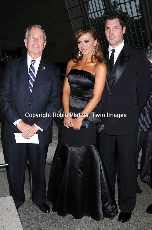Mayor Bloomberg, Karina Smirnoff and fiancee Maksim Chmerkovskiy