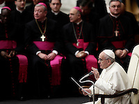 Papa Francesco tiene l'Udienza Generale del mercoledi' in aula Paolo VI, Citta' del Vaticano, 14 dicembre 2016.<br /> Pope Francis leads  his weekly general audience in Paul VI Hall at the Vatican, on December 14, 2016.<br /> UPDATE IMAGES PRESS/Isabella Bonotto<br /> <br /> STRICTLY ONLY FOR EDITORIAL USE