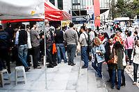 SÃO PAULO, 30 DE AGOSTO 2012 - GREVE DO JUDICIARIO FEDERAL -Manifestação de grevistas do Poder Judiciario, Av Paulista na tarde dessa quinta-feira, 30 - FOTO LOLA OLIVEIRA - BRAZIL PHOTO PRESS
