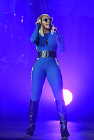 Mary J. Blige in concert