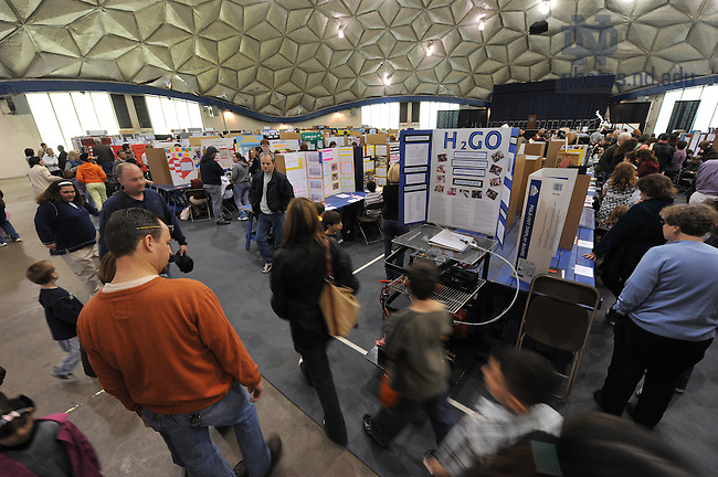 Science fair in Stepan Center for area elementary, junior-high and high school students...Photo by Matt Cashore/University of Notre Dame