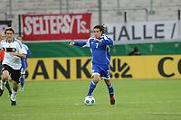 Guy Asulin (ISR) rennt mit dem Ball<br /> U21 Deutschland vs. Israel *** Local Caption *** Foto ist honorarpflichtig! zzgl. gesetzl. MwSt. Auf Anfrage in hoeherer Qualitaet/Aufloesung. Belegexemplar an: Marc Schueler, Alte Weinstrasse 1, 61352 Bad Homburg, Tel. +49 (0) 151 11 65 49 88, www.gameday-mediaservices.de. Email: marc.schueler@gameday-mediaservices.de, Bankverbindung: Volksbank Bergstrasse, Kto.: 151297, BLZ: 50960101