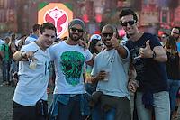 ITU, SP, 02.05.2015 - FESTIVAL-TOMORROWLAND - Movimentação de público durante o festival de musica eletrônica Tomorrowland na Fazenda Maeda na cidade de Itu, interior do estado de São Paulo, neste sábado, 02. (Foto: William Volcov / Brazil Photo Press).